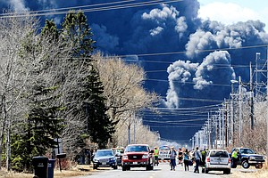 Emergency Evacuation Finally Lifted After Huge Oil Refine...