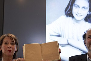 Newly Uncovered Pages From Anne Frank's Diary Reveal Risq...