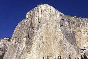 2 Climbers Fall To Their Deaths From El Capitan In Yosemite
