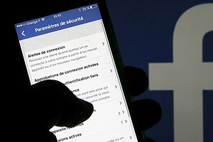 Facebook Defends Giving Device-Makers Access To Users' Data For Years