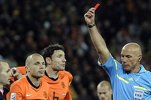Ex-World Cup Final Referee Talks About This Critical Role...
