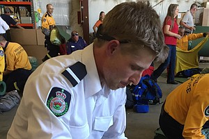 Western Fire Crews Get An Assist From Australia And New Z...