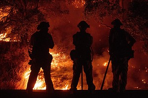 Verizon Throttled Firefighters' Data As Mendocino Wildfir...