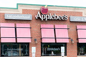 8 Restaurant Chains Agree To End 'No-Poach' Agreements Un...