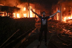 Angered Protesters In Basra Torch Iranian Consulate