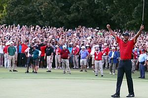 Tiger Woods Wins First Golf Tournament Since 4 Back Surge...