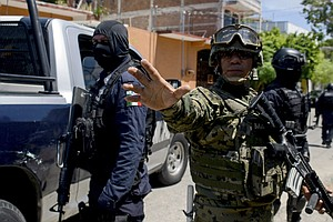 Mexican Authorities Disarm Acapulco Police, Fearing Infil...