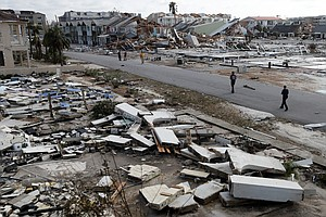 'This Is A War Zone': Hurricane Michael Leaves Deadly Tra...