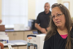 Kim Davis Loses Her Re-Election Bid For Kentucky County C...