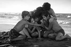 With An Eye On Oscars, Netflix Sent 'Roma' To Theaters First
