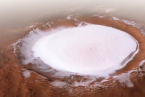 Huge Martian Crater 'Korolev' Appears Topped With Miles O...