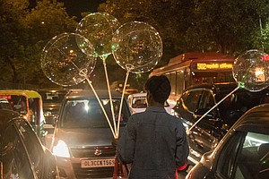 How Those Trendy LED Balloons Make It To India's Street C...