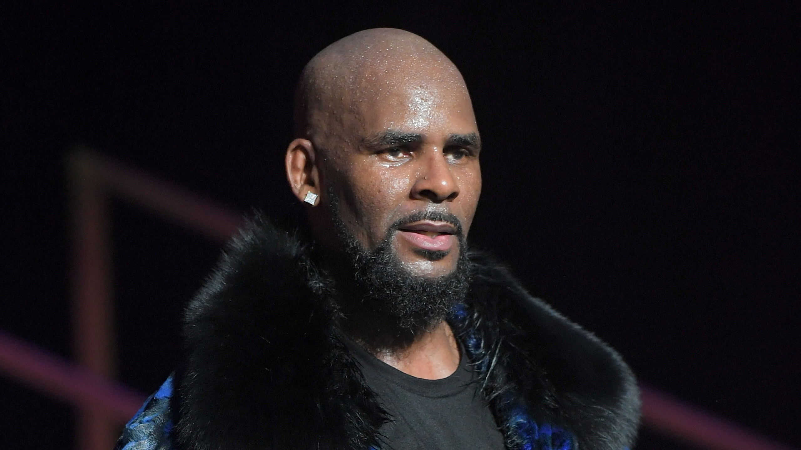 R Kelly Has Been Dropped By Rca Records Billboard