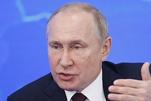 Russia Criminalizes The Spread Of Online News Which 'Disr...