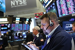 Stock Indexes Drop As Bond Market Flashes Recession Warning