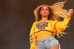 Beyoncé Surprise-Drops Live Coachella Album; Netflix Doc ...