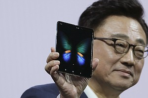 Samsung Delays Launch Of $2,000 Folding Phone After Revie...