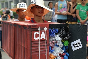 Philippines' Duterte Talks Trash (Literally) To Canada, T...