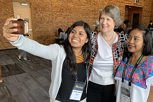 Helen Clark Can Do It All: Run A Country, Fight For Women's Rights ... And Sn...