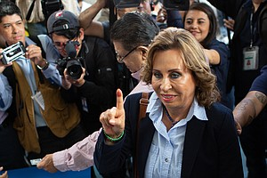 Former First Lady Leads In 1st Round Of Voting In Guatema...