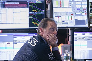 Dow Tumbles 800 Points As Bond Markets Signal Recession