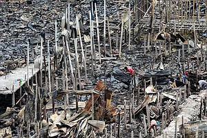 Thousands Left Homeless In Bangladeshi Capital After Fire Burns Hundreds Of S...