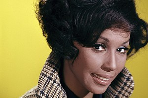 Diahann Carroll, Groundbreaking Television And Broadway Star, Dead At 84