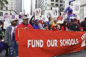 Chicago Cancels Public School Classes As Teachers' Strike Looms