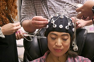 VIDEO: The Military Discovered A Way To Boost Soldiers' Memories, And We Trie...