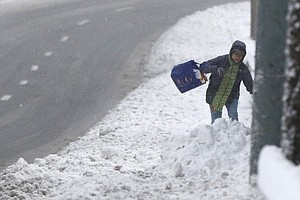 Winter Storm Reaches Northeast, Smothering Region With 1st Major Snow Of The ...