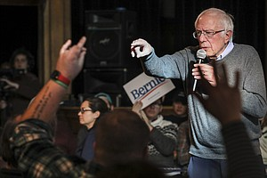 3 Months After Heart Attack, Sanders' Doctors Say He's 'F...