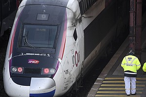 France Transfers Coronavirus Patients On High-Speed Train With Mobile Emergen...
