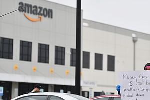 Amazon To Change Time-Off Policy During Pandemic, Extend Pay Bump