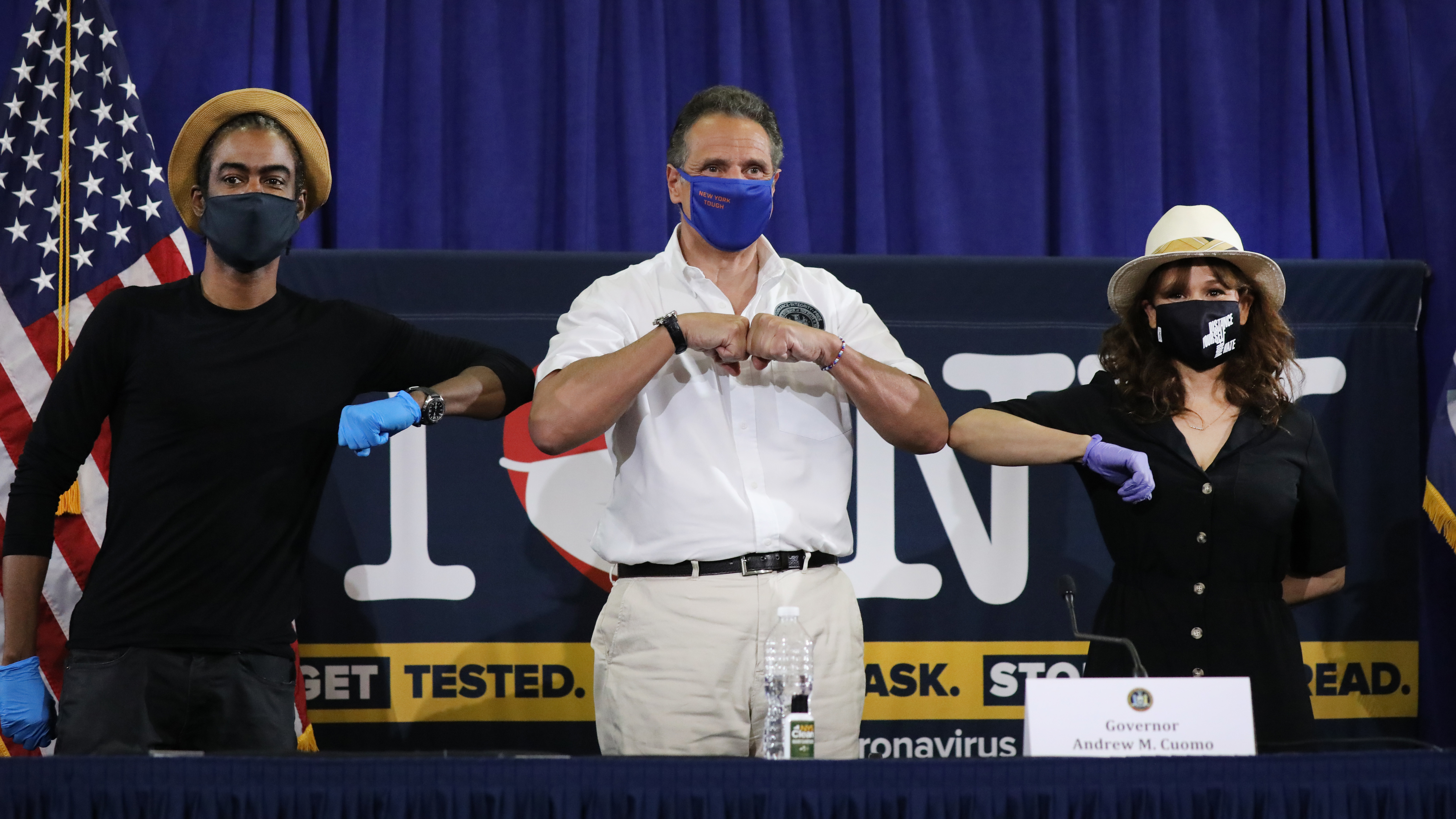 No Mask No Entry Cuomo Says As He Allows Businesses To Insist On Face Coverings Kpbs