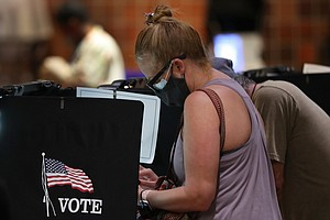 Robocalls, Rumors And Emails: Last-Minute Election Disinformation Floods Voters