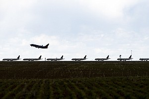U.S. Implementing 1st-Ever Airplane Emission Rules; Critics Say They're Ineff...