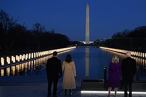 Photo for 400 Lights, For 400,000 Dead, Illuminate Lincoln Memorial Reflecting Pool