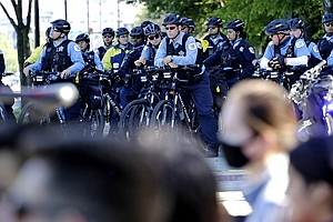 'Confusion' Hampered Chicago Police Response To Summer Protests, Watchdog Rep...