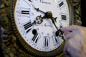 Some Senators Want Permanent Daylight Saving Time