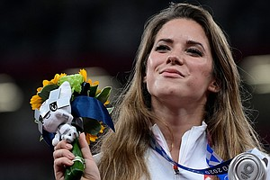 An Olympian Sold Her Silver Medal To Fund A Boy's Surgery. The Buyer Let Her ...