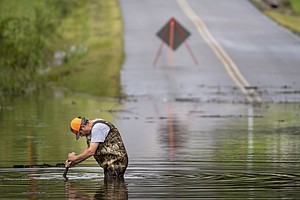 At Least 8 Killed And Dozens Missing In Tennessee Flooding