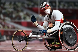 His Wheelchair Was Found Damaged Before The Race. Then He Set A Paralympic Re...