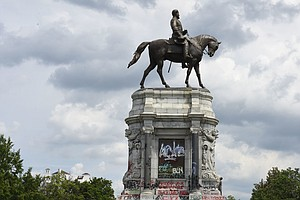 The FAA Has Temporarily Banned Drones Around The Robert E. Lee Statue In Rich...
