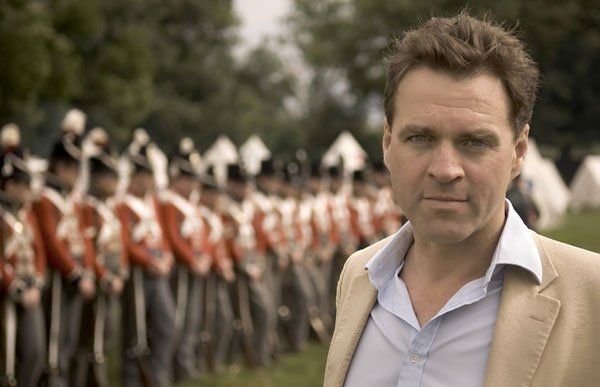 Financial historian and best-selling author Niall Ferguson traces the evoluti...