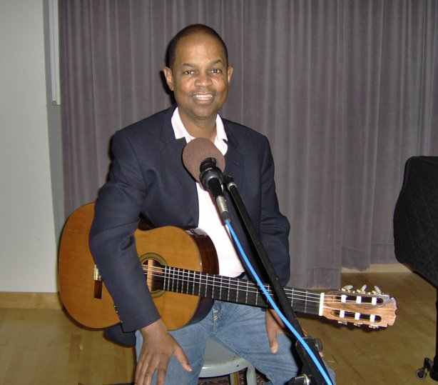 Earl Klugh at KPBS Studios.