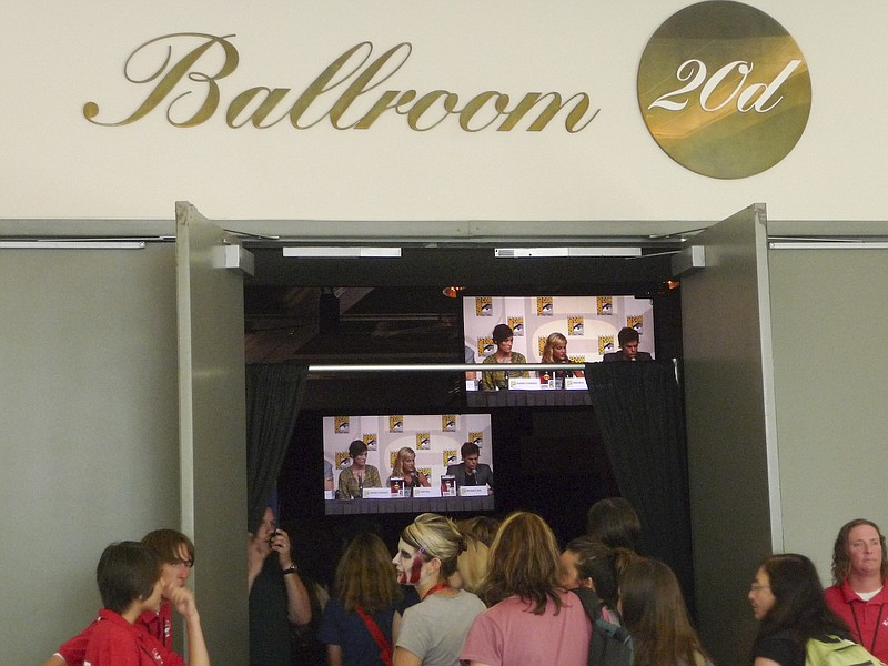 A glimpse of the Dexter panel from outside the doors of Ballroom 20.