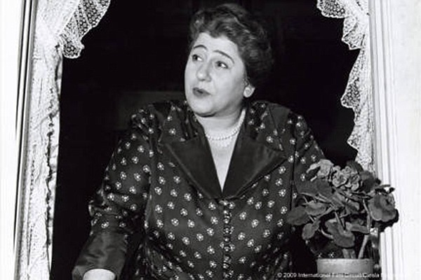 Gertrude Berg as her alter ego Molly Goldberg in