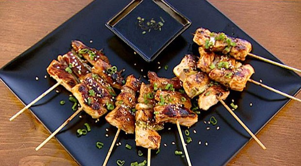 A plate of yakitori-style chicken.