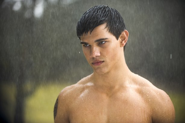 "Hunky Taylor Lautner as the werewolf Jacob in ""New Moon"""