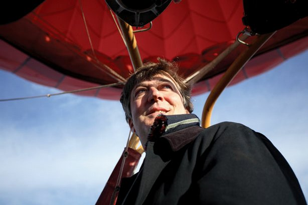 Stephen Fry flies over North Carolina in a hot-air balloon.